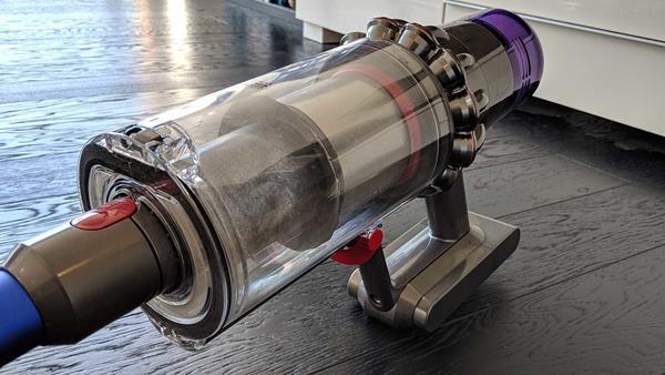recensione dyson v11 - motore e contenitore