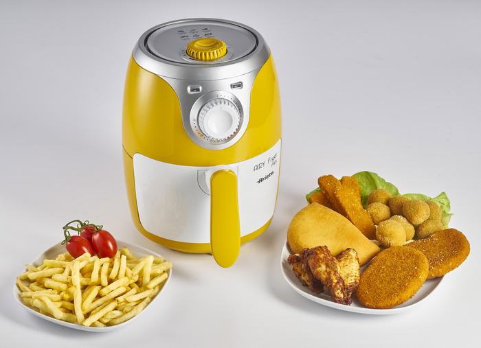 La friggitrice ad aria Ariete 4615 Airy Fryer Mini