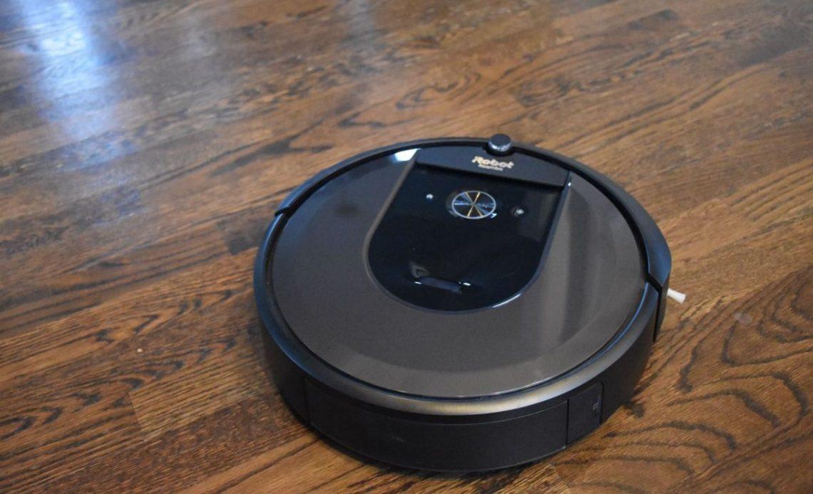 Recensione Roomba i7+