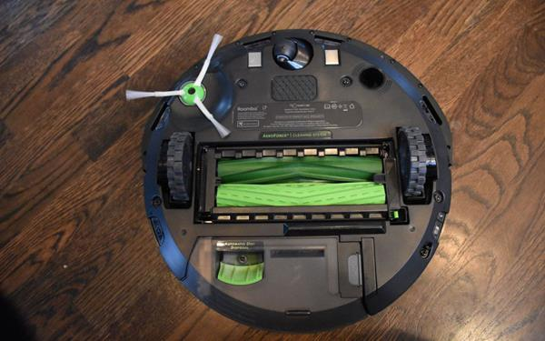 Hardware Roomba i7+