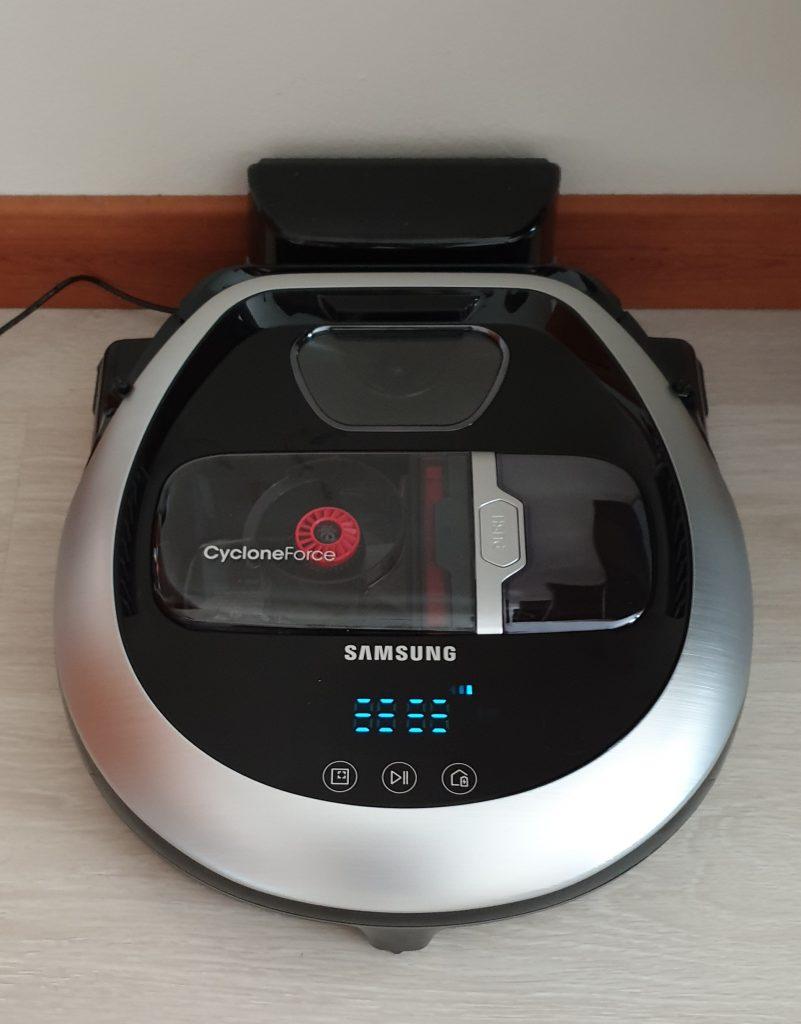 Samsung PowerBot Precision VR7200 con base di ricarica