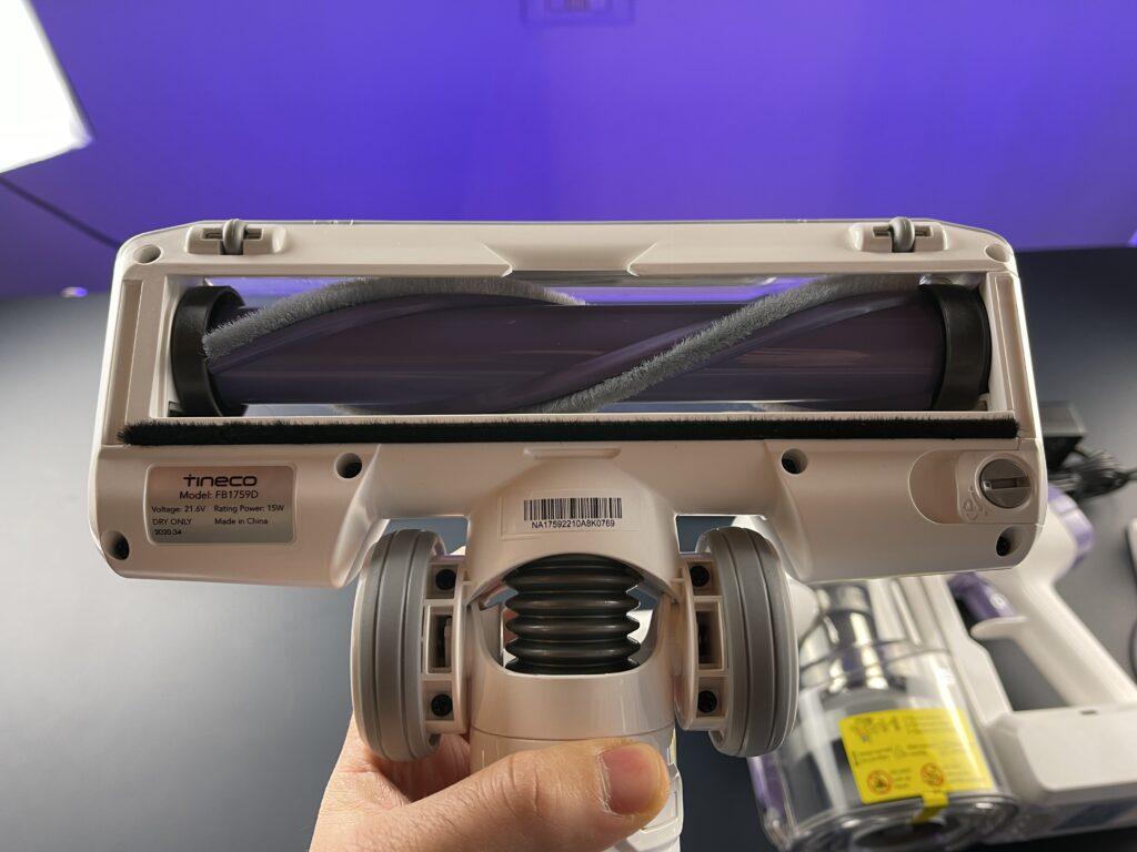 Recensione Tineco A10 Dash - spazzola motorizza interno