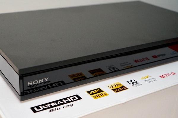 Design Sony UBP X800M2