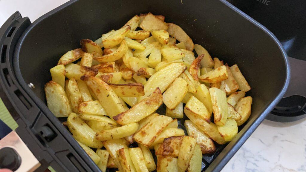 cottura patate al forno con friggitrice ad aria