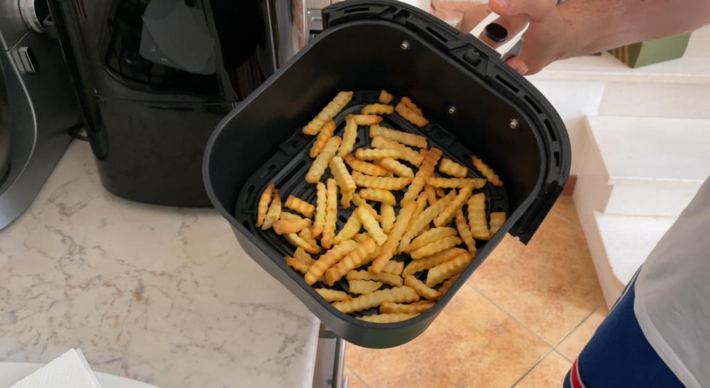cottura patate fritte con friggitrice ad aria